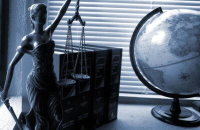 Top 4 Reasons Why You Should Hire a Family Lawyer