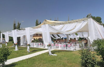 The Most Essential Additions for a Beautiful Outdoor Wedding